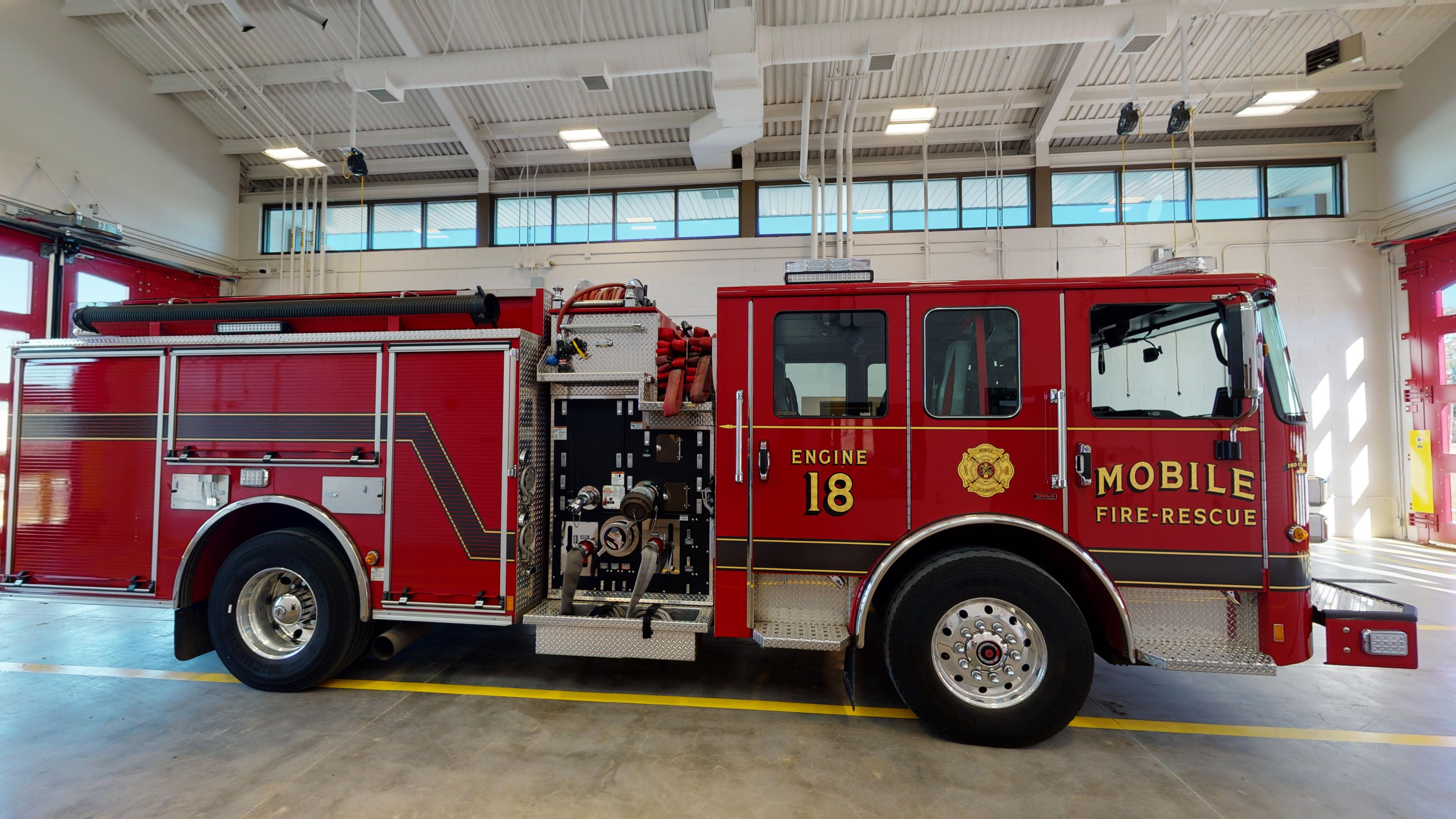 Mobile-Fire-Rescue-Engine-18-06182021_141012