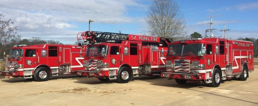 Two Pierce Arrow XT PUC Pumpers & an Arrow XT PUC 75′ Aerial to Pearl Fire Department