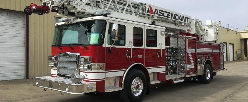 Pierce Enforcer 107′ Ascendant Fire Truck
