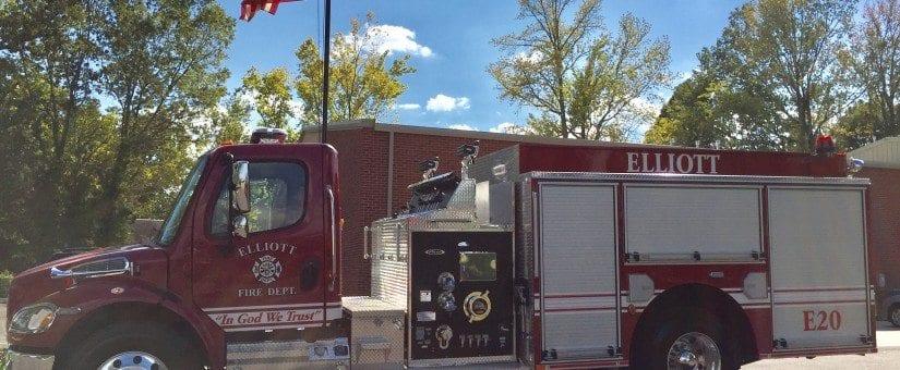 Pierce Freightliner Commercial Pumper to Elliott Fire Department
